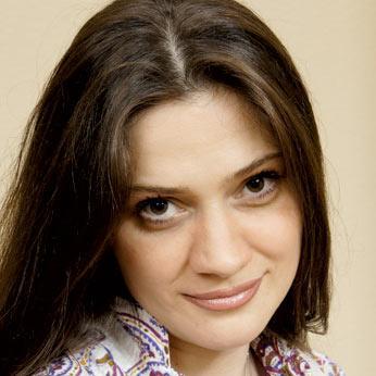 Ниголь Вера, актриса театра им. Рубена Симоноваи