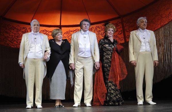 Триумф на Триумфальной, спектакль театра Сатиры