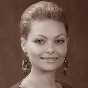 Юлия Сергеевна Гончарова, солист-вокалист Московского театра оперетты, заслуженная артистка России