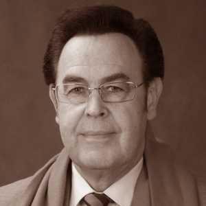 Юрий Петрович Веденеев, Солист-вокалист Московского театра оперетты,Народный артист России